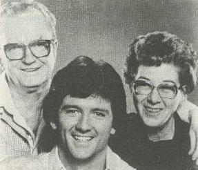 terrence-and-marie-duffy-with-son.jpg
