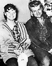 Charles Starkweather Crime Scene Photos http://mylifeofcrime.wordpress.com/2006/01/21/this-date-in-history-charles-starkweather-kills-bartlett-family-1958/