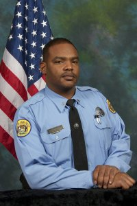 Officer Daryle Holloway